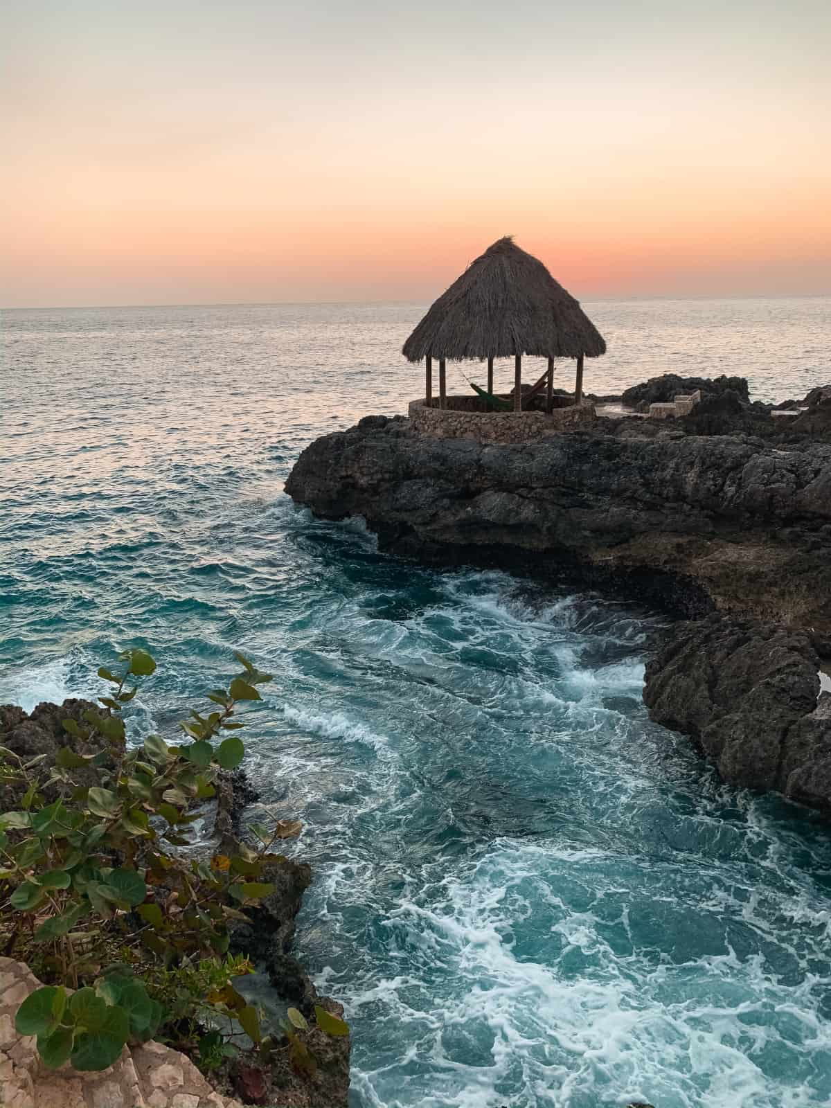 Hotel Review: Tensing Pen in Negril, Jamaica | What to expect staying at this boutique resort in Negril's West End. Perched on gorgeous cliffs, this hotel consistently makes Travel+Leisure's top hotels in the world list | One Girl, Whole World