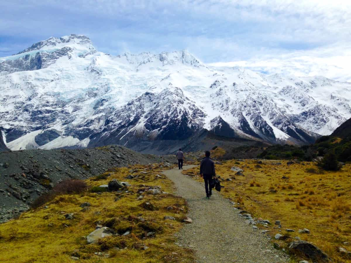 Hooker Valley Track was one of my favorite things ever - a New Zealand itinerary must