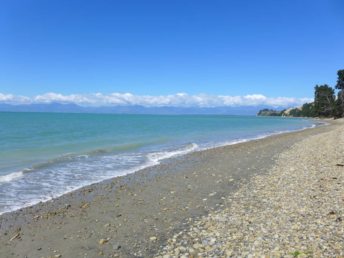 Taking a scenic drive - what to do in New Zealand