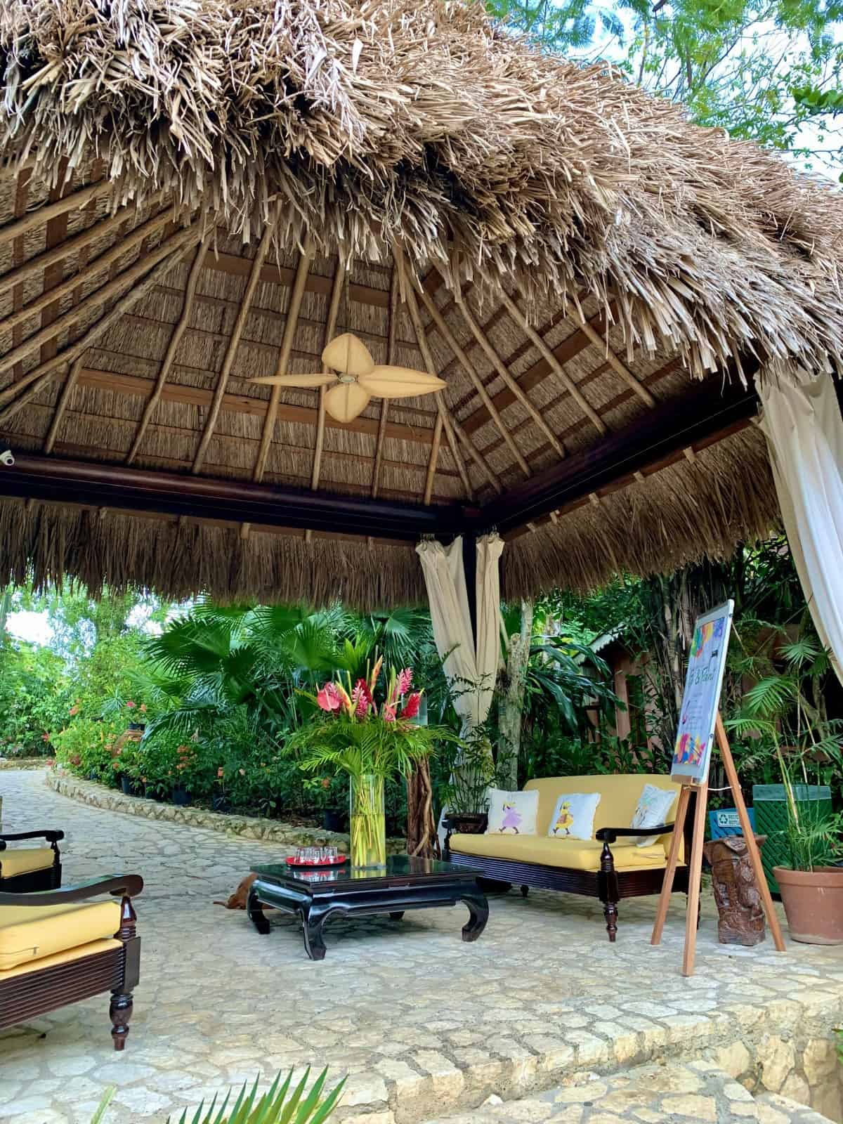 The lovely lobby at Tensing Pen, in Negril, Jamaica