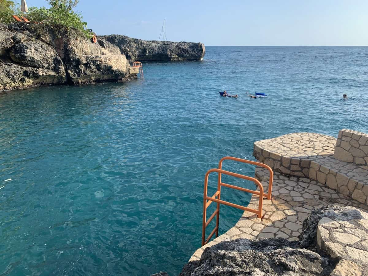 Cliff jumping at the West End cliffs are one of the things to do in Negril