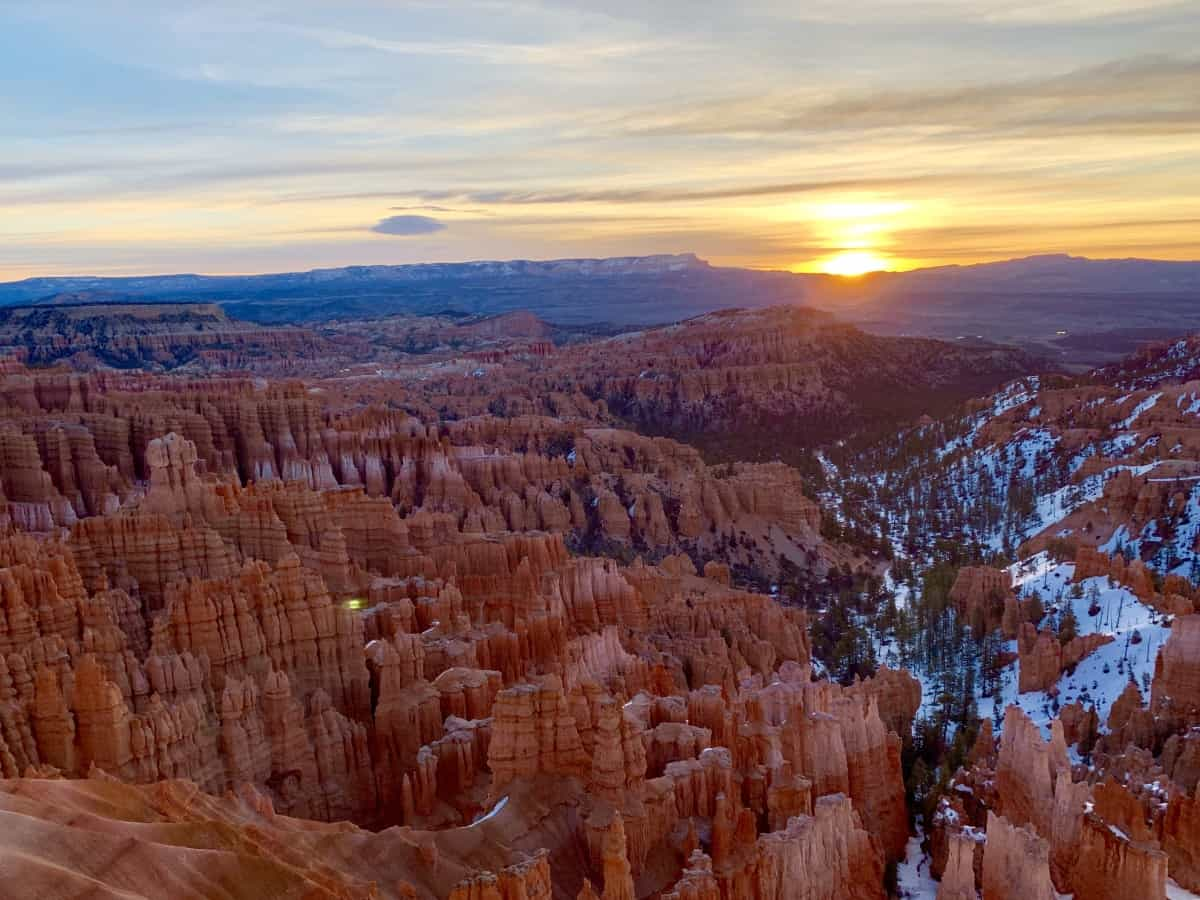 Amazing sunrise at Bryce Canyon - a must on a Zion and Bryce Canyon itinerary