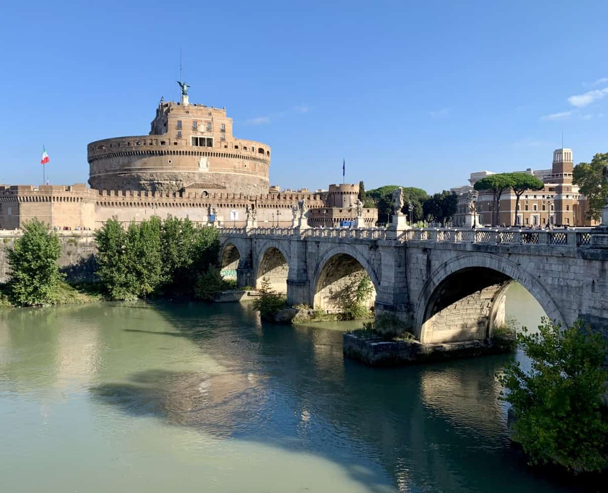 Castel Sant'Angelo without all the crowds - morning run in Rome, where to run in Rome