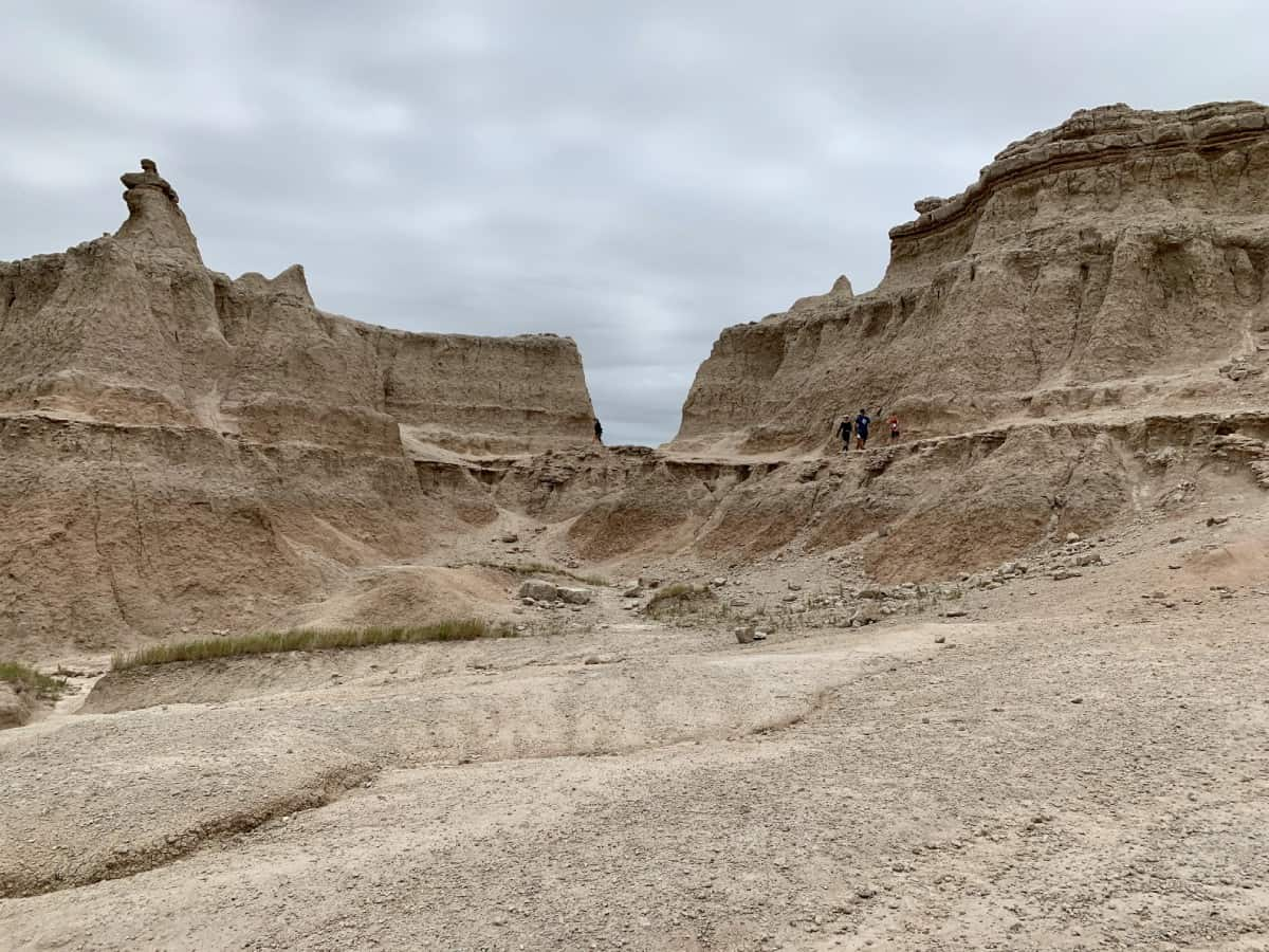 Door and Window Trails at Badlands - things to do