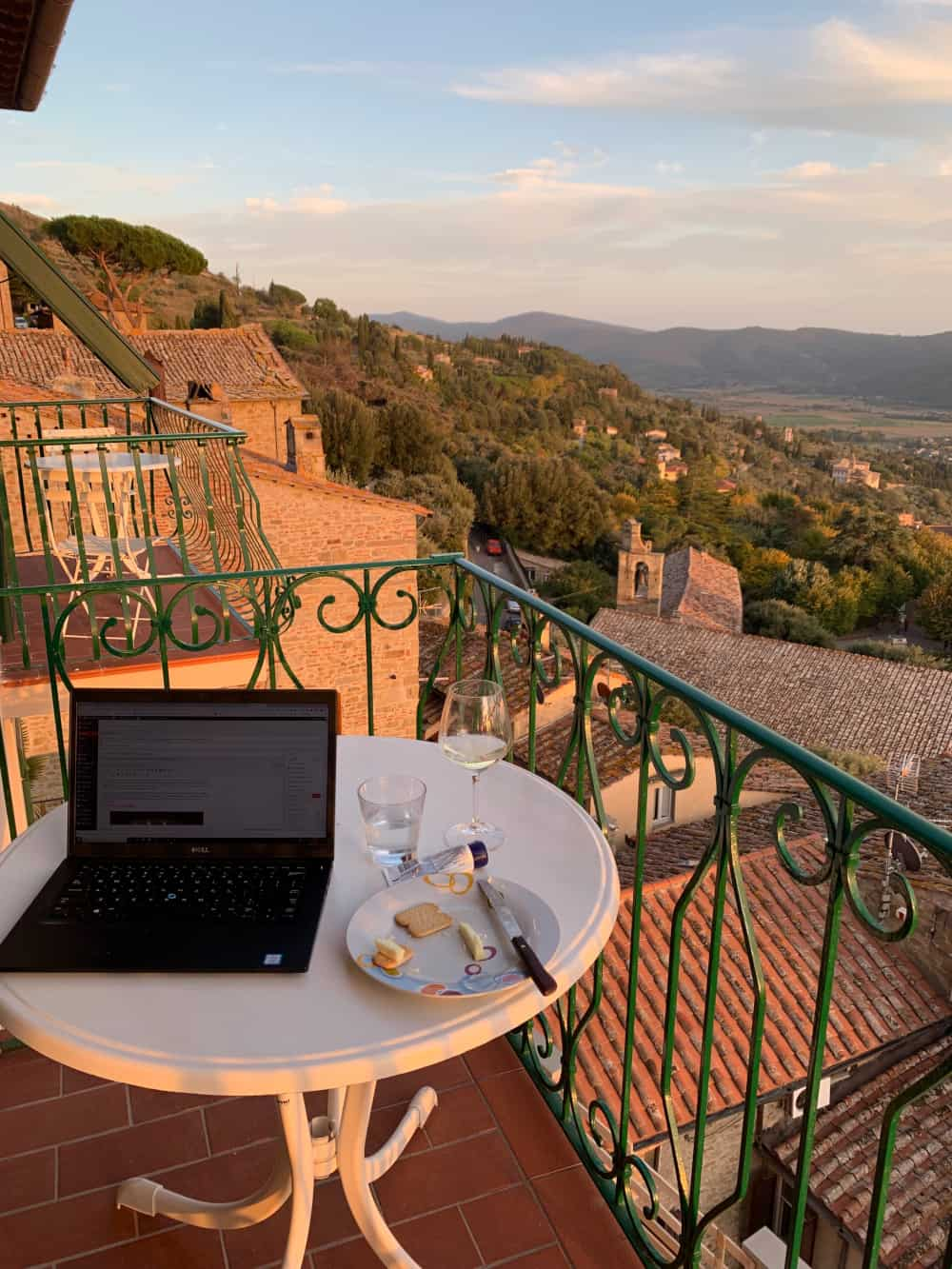 Work with a view...can't beat this Cortona apartment!