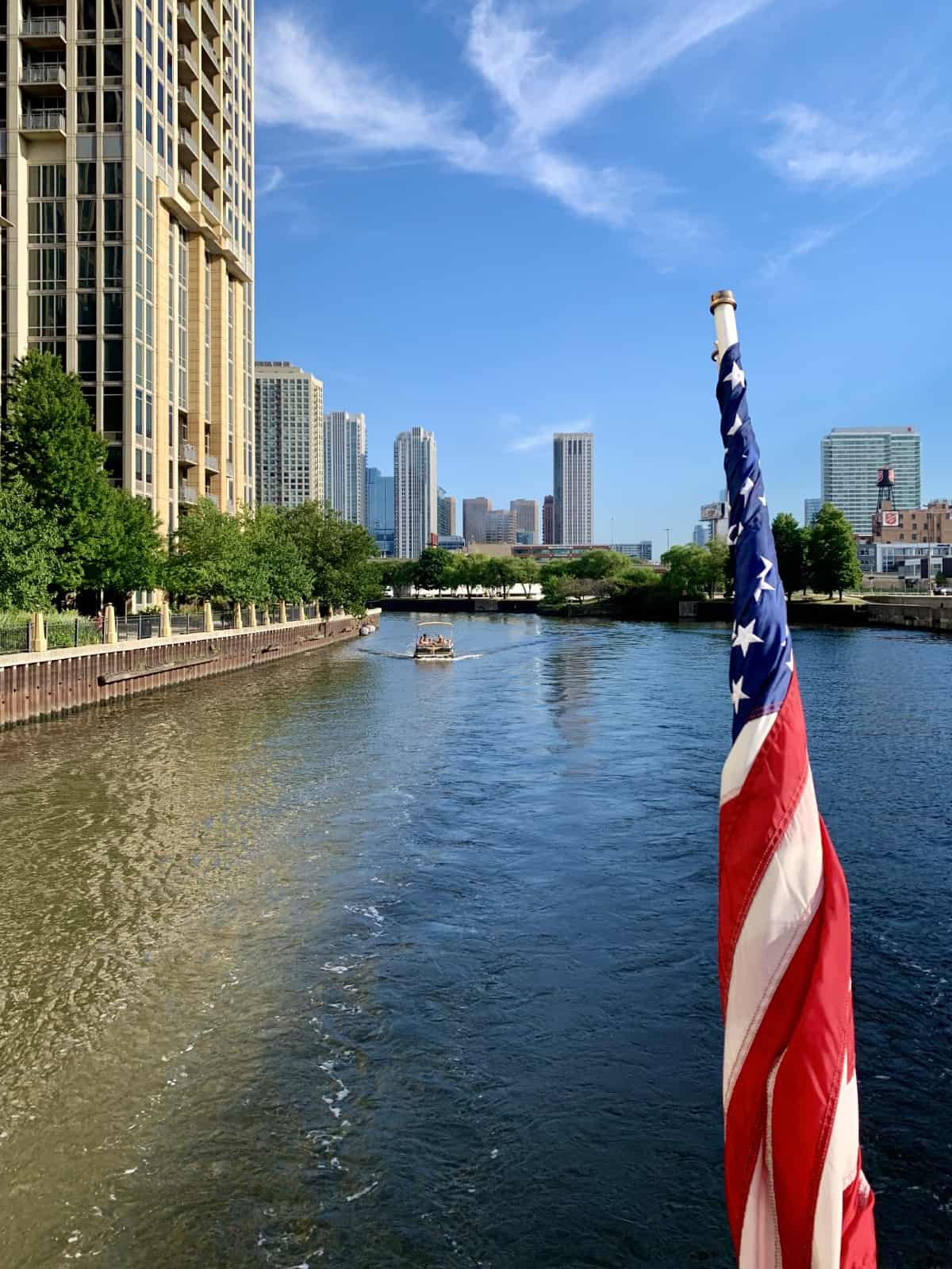 A gorgeous day and beautiful views on the Chicago Architecture Foundation River Cruise