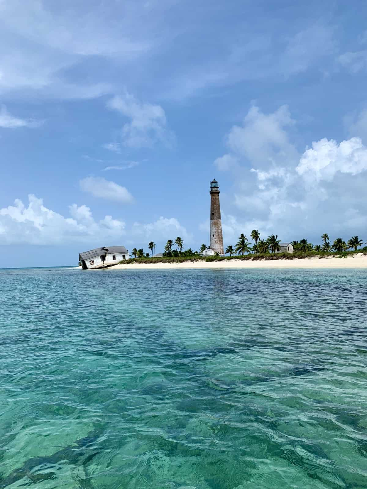 The iconic Loggerhead lighthouse (Dry Tortugas Light) - visiting Florida's Loggerhead Key