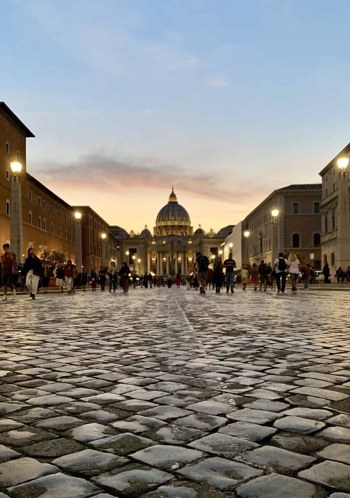 What to do in Rome - sunset at St. Peter's Basilica