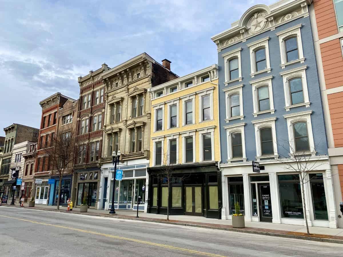 Things to do in Cincinnati on a weekend trip - explore the historic buildings of OTR