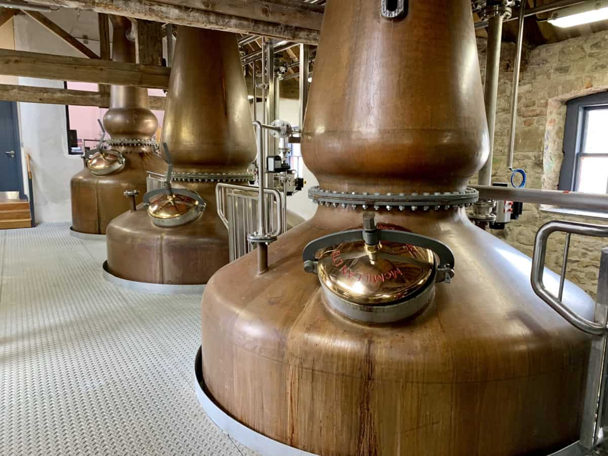 Visiting Slane Whiskey Distillery (& Slane Castle) in Ireland - a great thing to do in the Boyne Valley if you're visiting Newgrange