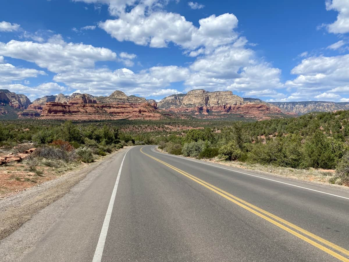 15+ Sedona Travel Tips...Everything You Need for Planning Your Trip to Sedona, Arizona | Sedona is an amazing place to visit, and these tips can help your trip be less stressful & more enjoyable. From driving tips to cell service, staying healthy, restaurant reservations, getting the best photo lighting, & so much more.