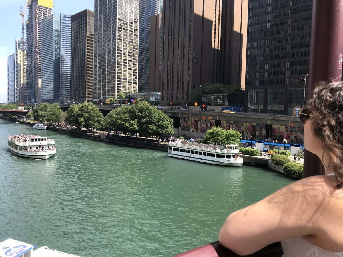 Things to do in Chicago for first-timers - take the Chicago Architecture Foundation river cruise