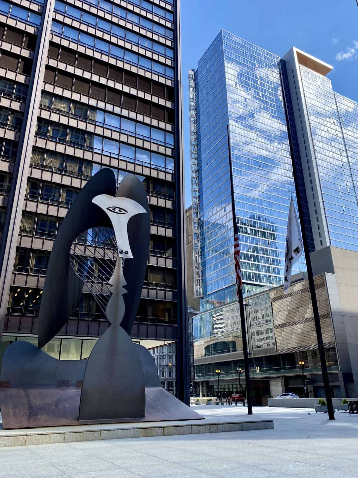 What to do in Chicago - seek out art by famous artists, like this Picasso just sitting in Daley Plaza