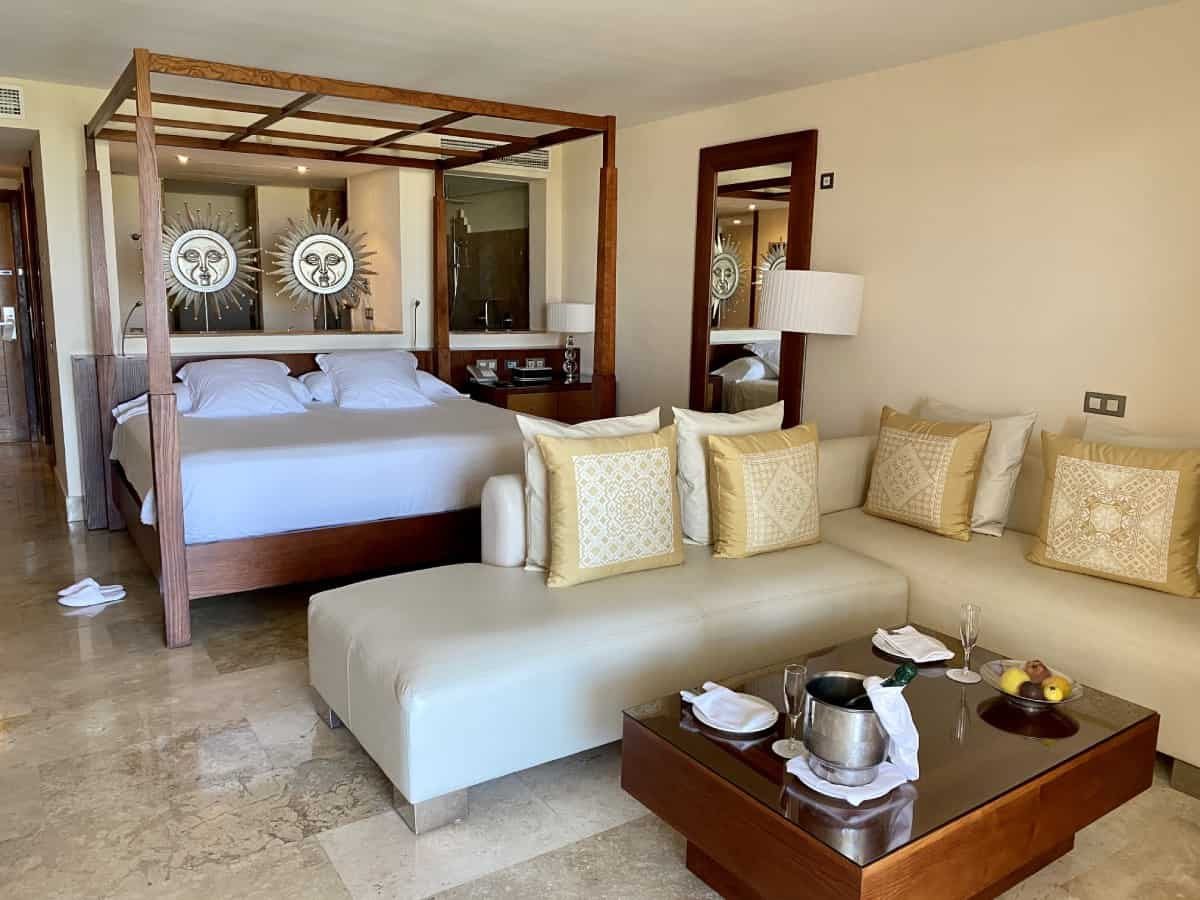 The rooms at Excellence Playa Mujeres, review of what to expect