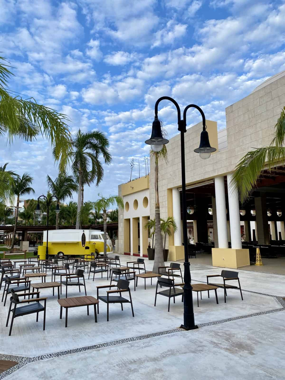 A review of what to expect at Excellence Playa Mujeres resort in Cancun, Mexico
