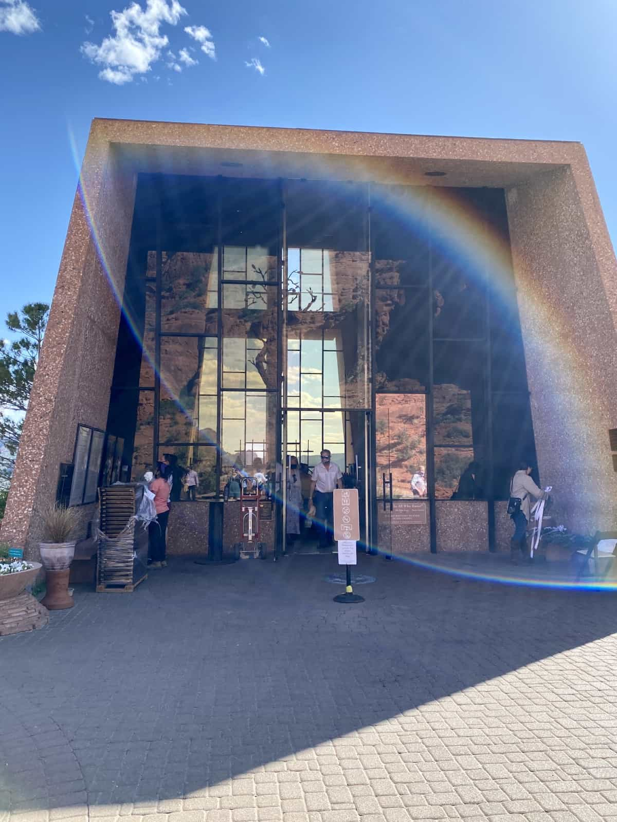 Visiting the Chapel of the Holy Cross in Sedona, Arizona | This unique church is an architectural gem built by a student of Frank Lloyd Wright, and an iconic view in Sedona's landscape. What to know for your own visit, when to go, and more. Things to do in Sedona. #sedona #franklloydwright #chapeloftheholycross #arizona