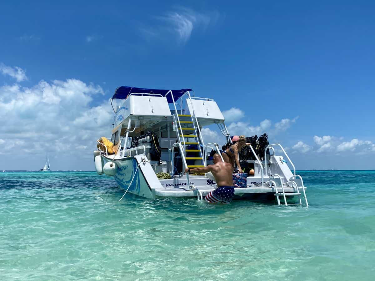 Beautiful waters off of Isla Mujeres, a great excursion from either LeBlanc or Excellence Playa Mujeres