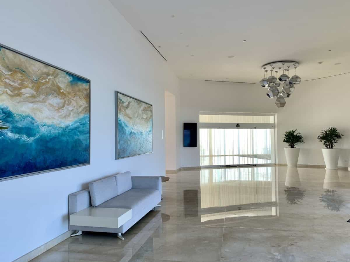 Detailed review of LeBlanc Cancun vs. Excellence Playa Mujeres - the decor at LeBlanc was gorgeous