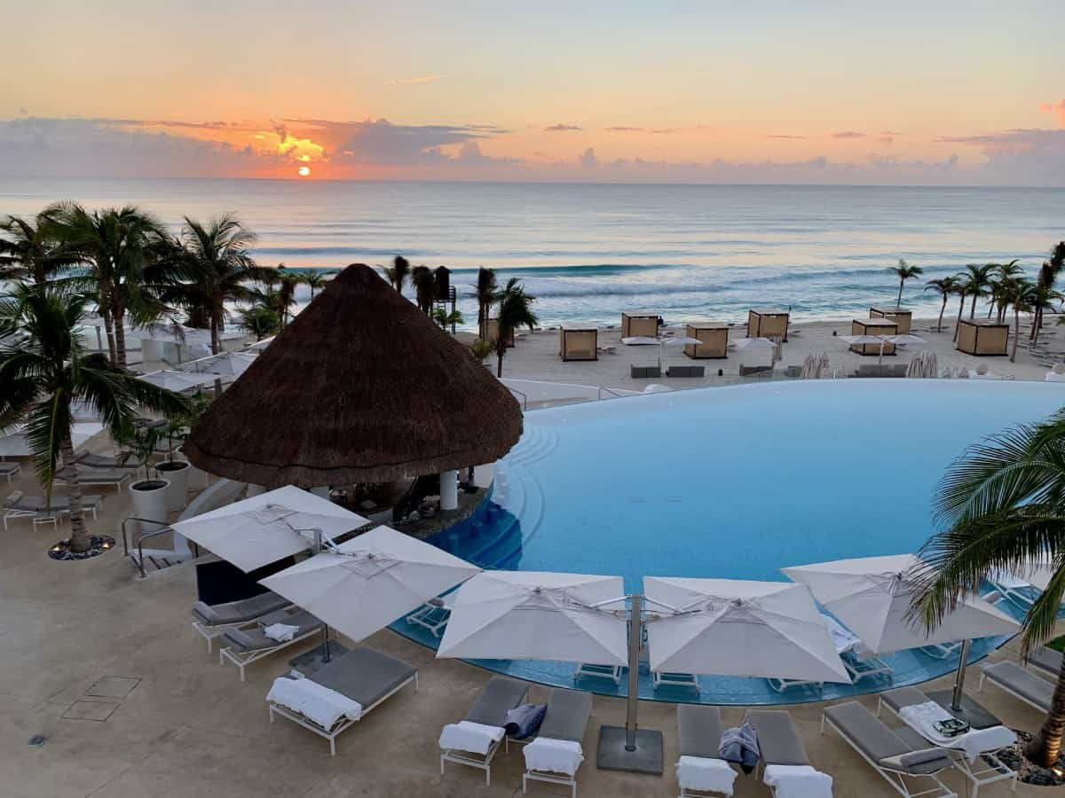 Detailed review of LeBlanc Cancun vs. Excellence Playa Mujeres - beautiful LeBlanc at sunrise