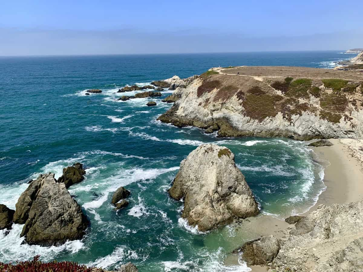 Bodega Bay hiking is one of the best things to do on the Sonoma Coast, California | Sonoma Coast roadtrip or Northern California coast roadtrip ideas.