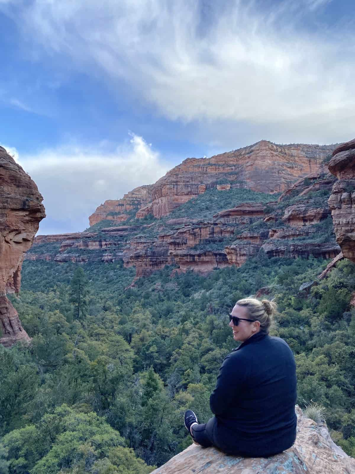 Sedona Hikes: What to Do & What to Skip   If you're visiting Sedona, Arizona, the hiking is a major part of exploring the area, and there are so many to choose from! Cathedral Rock, Kachina Woman, Boynton Canyon, Sugarloaf Loop, Airport Mesa, Fay Canyon, & more...the Sedona hiking trails I loved, the ones I'd skip, & a few Sedona hiking tips. Best Sedona hikes, overrated Sedona hikes, & more. #sedona #hiking #arizona