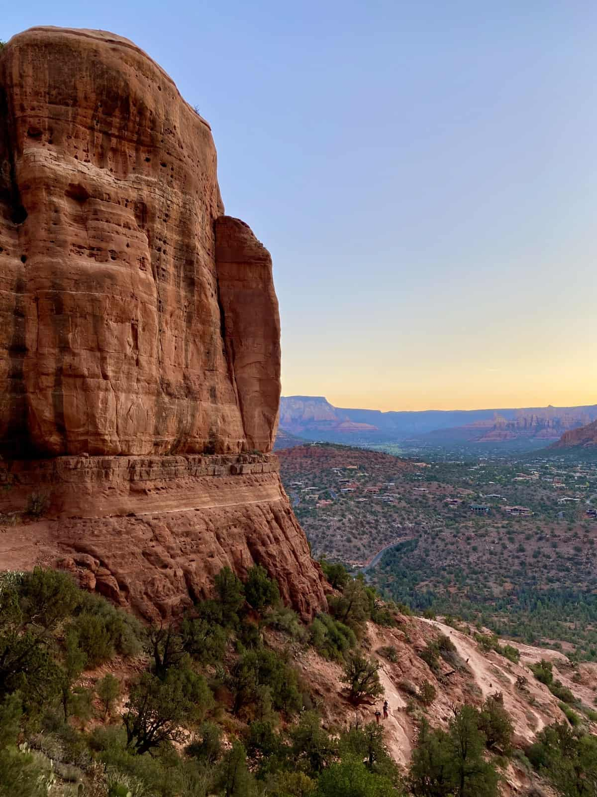 Sedona Hikes: What to Do & What to Skip   If you're visiting Sedona, Arizona, the hiking is a major part of exploring the area, and there are so many to choose from! The Sedona hiking trails I loved, the ones I'd skip, & a few Sedona hiking tips. Best Sedona hikes, overrated Sedona hikes, & more. #sedona #hiking #arizona